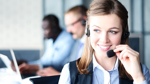 Why you should outsource a customer service call center for your business